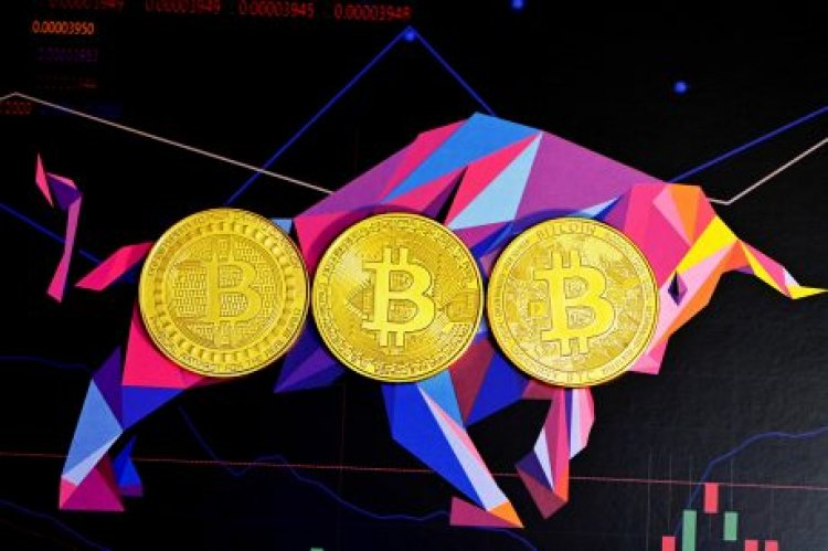 Analyst Puts New Bitcoin ATH For October As Stablecoins Start Pumping Into BTC